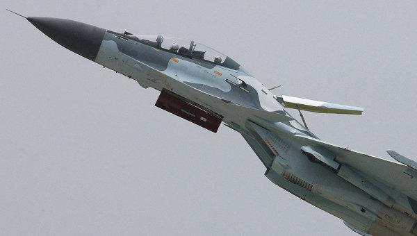 印尼国国防部长普尔诺莫・尤斯吉安托罗称中国空军的模拟训练水平很高,印尼的苏-30MK2战斗机飞行员在华受训效果显著。