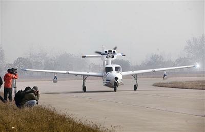 国产海鸥300轻型两栖飞机起降不需专用机场