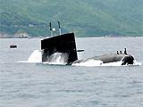美军舰拖曳声纳在南海碰撞中国潜艇