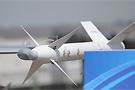翼尖加挂近距格斗导弹