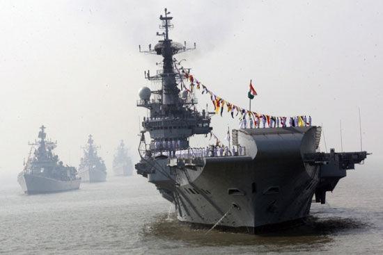 印度媒体:检阅舰队为中印海上高强度较量做准备