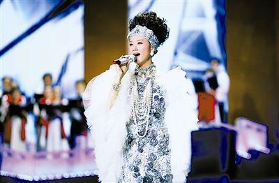 来自台湾台东县新兴小学儿童合唱团的孩子们,是本场最可爱的嘉宾.