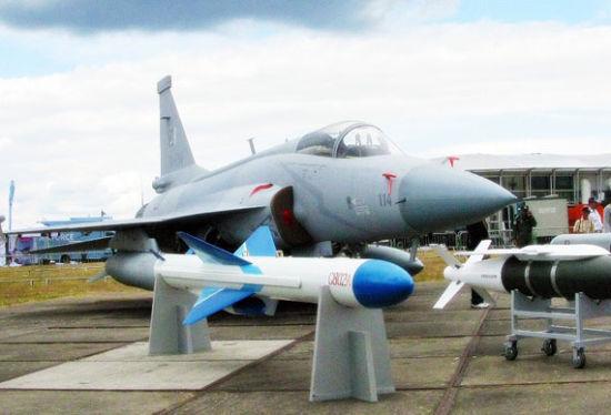 资料图:巴基斯坦空军装备的枭龙战斗机(JF-17)