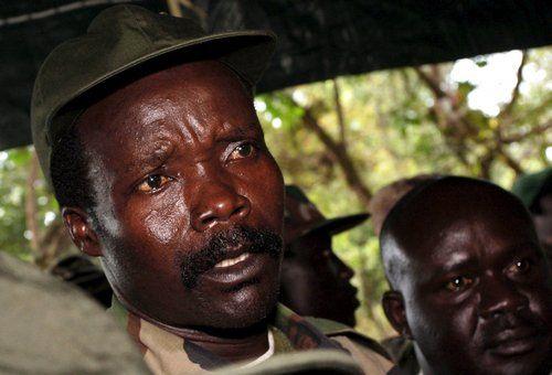 """资料图:乌干达""""圣灵抵抗军""""首领约瑟夫・科尼"""