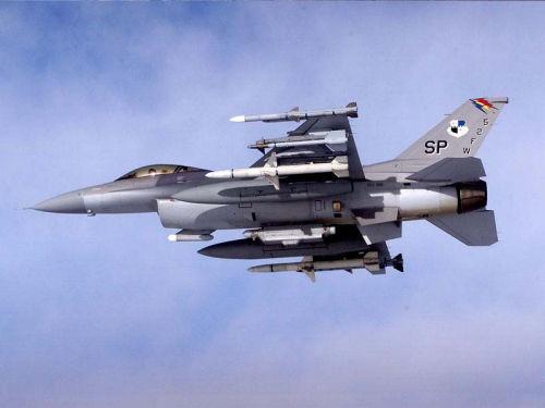 资料图:美军F-16战机