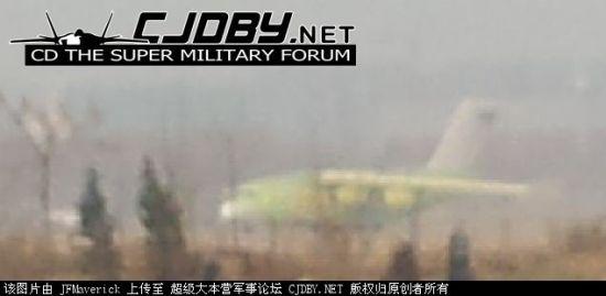 疑似中国国产军用大型运输机真机照片