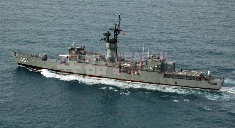 """泰国海军装备的美制""""朱莱罗克""""号反潜护卫舰仅能搭载轻型反潜直升机,无法搭载泰国新购进的S-70等大中型反潜直升机。"""