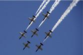 百年灵喷气机7机编队