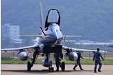 中国空军八一飞行表演队飞抵珠海