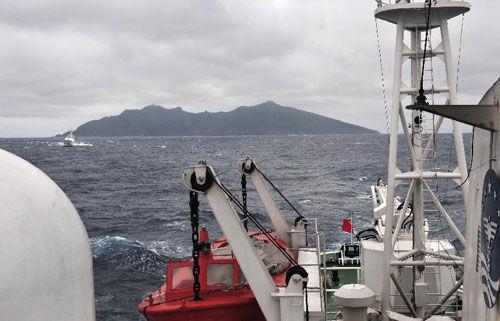 在钓鱼岛巡航的海监50船(资料图)