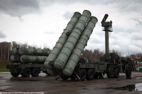 资料图:S-400防空导弹