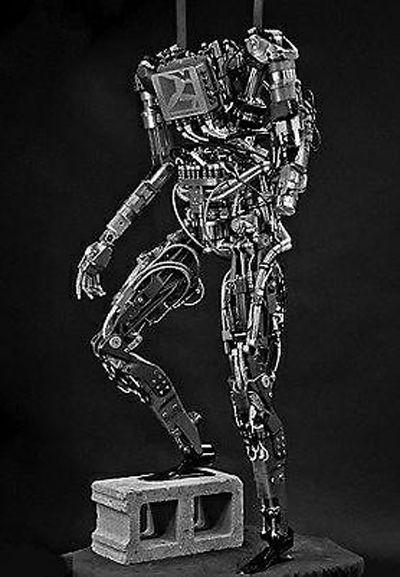 """机器人""""阿特拉斯"""""""