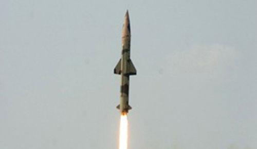 """印度""""大地-2""""弹道导弹"""