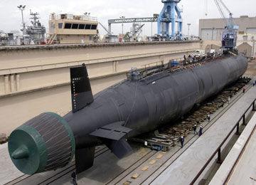 美国弗吉尼亚级核潜艇采用泵喷推进静音性能极佳
