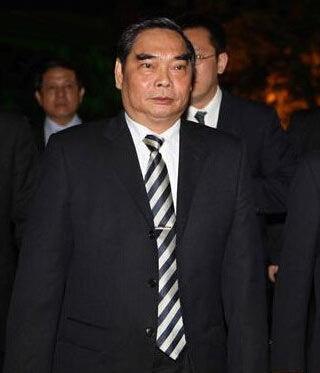 越共中央政治局委员、中央书记处常务书记黎鸿英