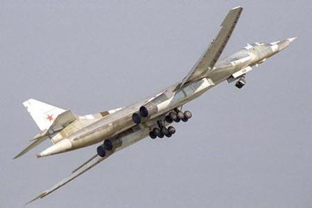 俄图160战略轰炸机