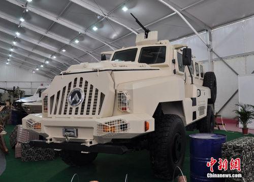 资料图:中国研制的最新防雷装甲车