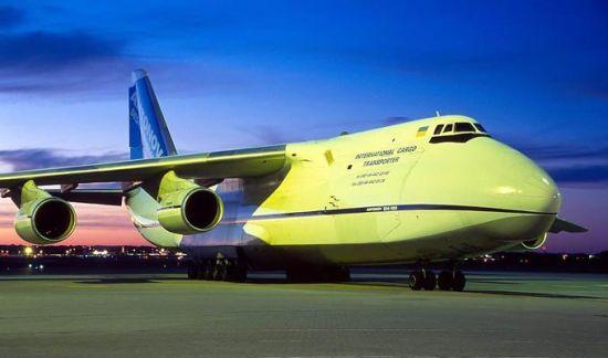 资料图:前苏联的大型战略运输机安-124