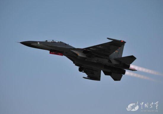 资料图:中国空军精锐战机--苏30MKK