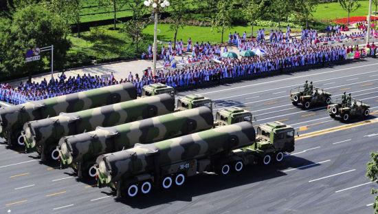 2009年阅兵式上亮相的东风31A战略导弹