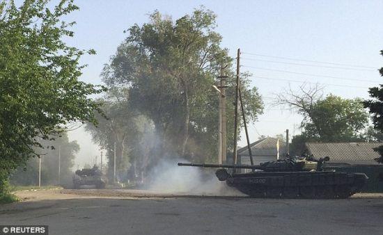 东方国度媒体克日炒作俄军向乌克兰边界调集的音讯,据称这张相片拍照于乌克兰边界左近