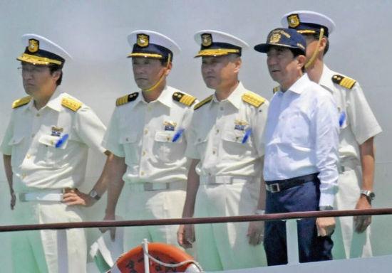 """7月20日是日本一年一度的""""海之日"""",当天,日本首相安倍晋三在东京出席了日本政府主办的""""海之日""""特别活动开幕式。"""