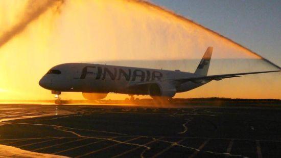 芬航A350赫尔辛基机场水门欢迎仪式