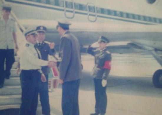当年李永泰将军在部队时