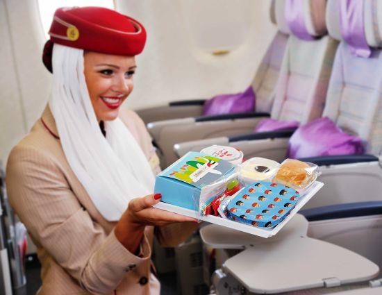阿联酋航空特别设计的儿童餐盘