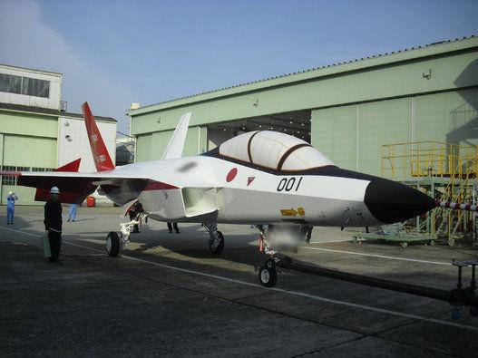 据日本最新消息,日本自研ATD-X 心神第五代战机验证机首飞日期再次推迟到明年一月。心神最初计划是2011年首飞,由于各种原因拖到2016年。