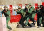 武警新疆部队增强维护稳定处突能力