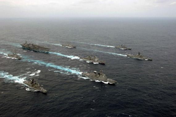 日本日向号准航母服役不会改变反潜舰队本质