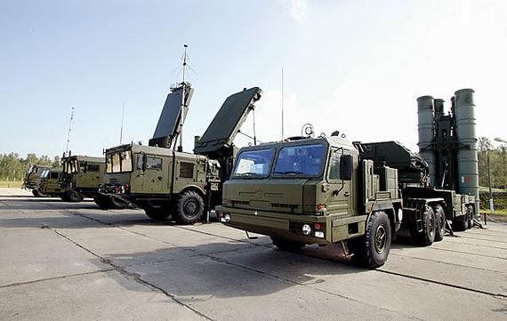 俄S-400防空系统主要部署中部可打击隐身战机