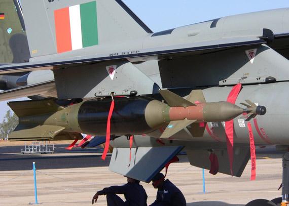 外军观察:印度军队空中攻击能力日益强大(图)