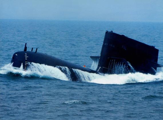 英国称中国导弹打击精度成倍提高让美军无奈