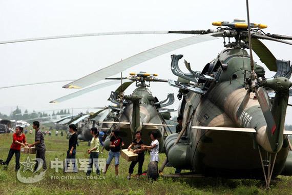 金一南:抗震救灾暴露中国军队直升机数量太少
