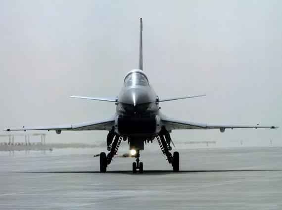 平可夫称中国空军筹建第五个歼10战机团(组图)