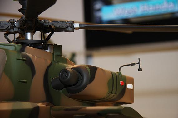 图文:AH-64DJ直升机模型局部特写
