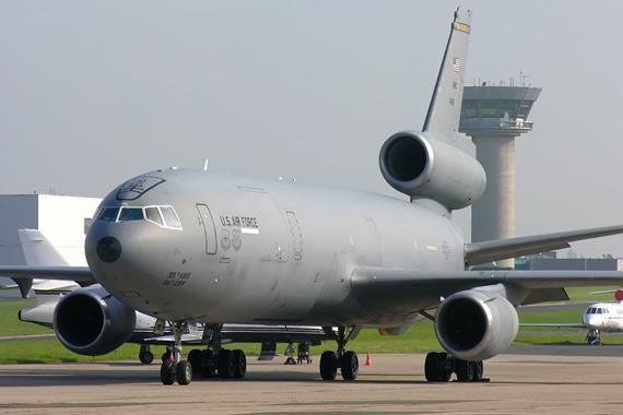 图文:KC-10目前仍是美国空军的主力加油机型