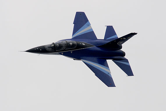 L-15猎鹰空中特技飞行表演 摄影:冰凉 新浪独家图片,未经许可不得转载。