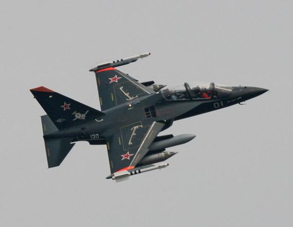 俄制雅克-130战斗教练机
