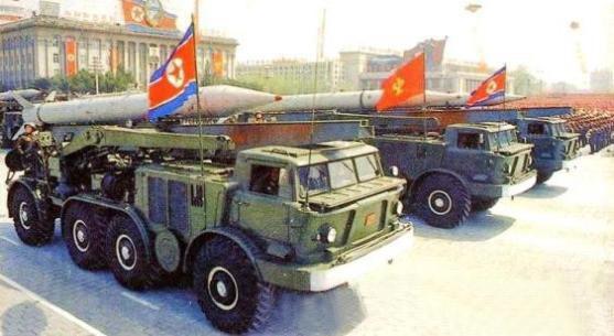 资料图:朝鲜导弹部队参加阅兵