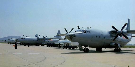 批量建造完成的国产运八改型特种飞机