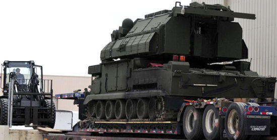 Russia and the U.S. will be the new M1 air defense systems Doyle pulled exercise field. Doyle M1 is active Russian military equipment, while the system is also exported to China, Iran, Greece and other countries.