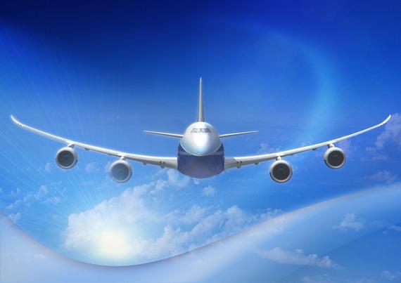 图文:波音747-8f型号飞机优美的身姿
