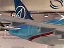 苏霍伊展示Super100客机