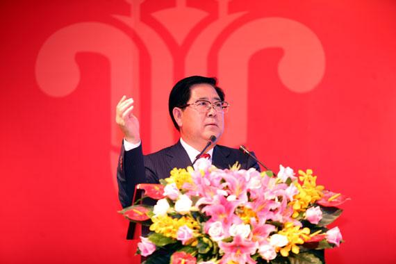 南航集团总经理、南航股份公司董事长司献民在大会上发表讲话(摄影:罗广泰)