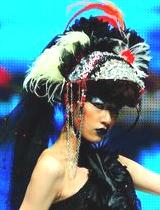 彩色羽毛妖艳帽饰