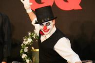 酒会现场小丑表演