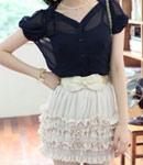 黑色的雪纺衫+雪纺短裙
